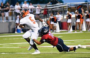 Senior safety Hayden Smith tackling seven lakes player.