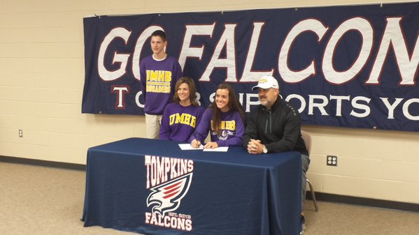 Kendall Rollins signing with The University of Mary Hardin Baylor to play basketball.