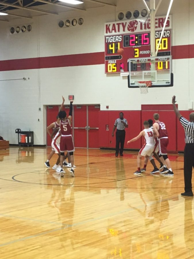 Tompkins Boys' Basketball Battle it Out Against the Tigers