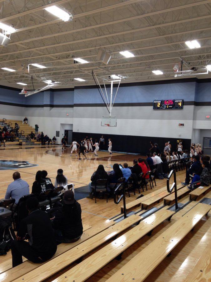 Girls Basketball Falls Short in Playoffs