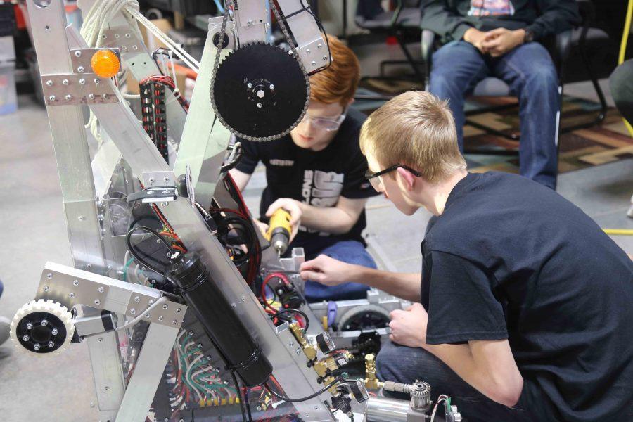 Robotics Heads to State
