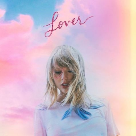 """Taylor Swift releases her 7th album, """"Lover"""""""