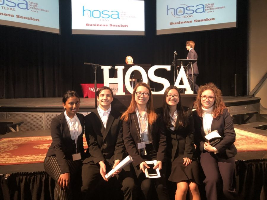HOSA Members Advance to State